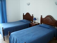 Property Photo: Twin Bedroom