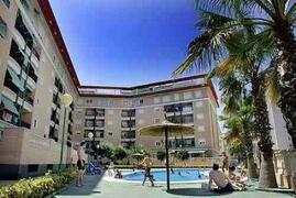 Property Photo: Puerto Pinar Apartments