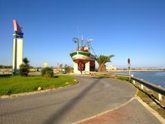 Walk to the Marina