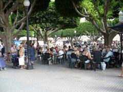 A busy afternoon in the square!