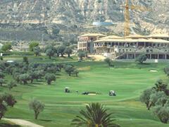 La Finca golf course nearby