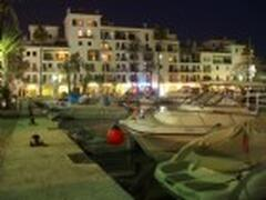 duquesa port at night