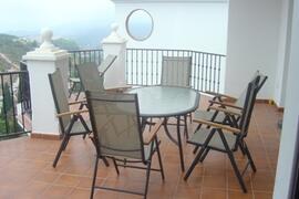 Lounge kitchen terrace