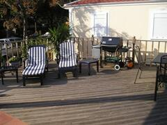 Deck lounge aera