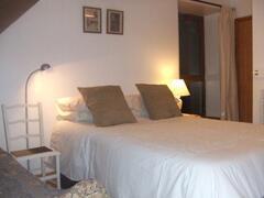 Hay Loft East bedroom