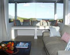Beach Break Lounge view