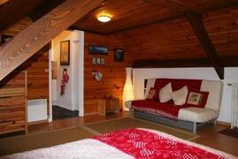 Property Photo: studio interior
