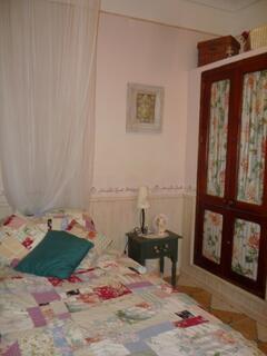Property Photo: English Rose