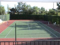 Tennis court,s