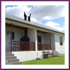 Self Catering Cottages on wine estate