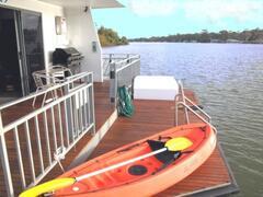 Rear swim deck with free Kayak