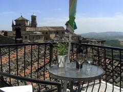 Balcony with views for al fresco dining