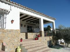 front of villa with parking outside