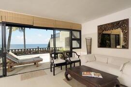Property Photo: M2U  living room