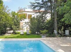 Property Photo: house and pool at avignon