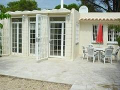 Property Photo: Bungalow & Patio