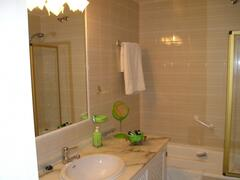 master bedroom ensuite with full bath