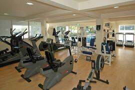 The fully equipped gymnaium - Free for the duration of your stay
