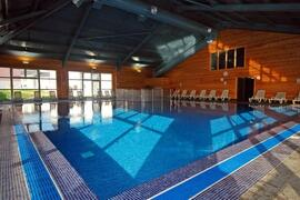 The heated all year round indoor pool - Free for the duration of your stay