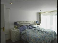 Bedroom with zip/linc twin or superkingsize double bed