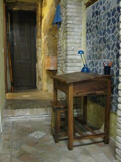 una piccola scrivania