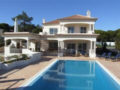 Property Photo: Villa M5