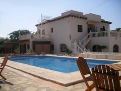 Property Photo: 'Casa En El Campo'- Magnificent Spanish Villa
