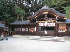 Saginomori Shrine ( 10 minutes walk )