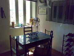 Portico Breakfast Table
