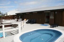 Swimmingpool, hot tubs and sauna, close by, free admittance for our guests
