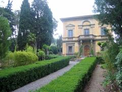 The villa called Villino (front view) with a spot on our