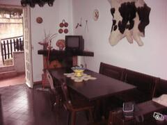 Property Photo: Room 1