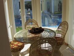 Breakfast and Tea Room