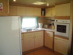 Kitchen area ST178