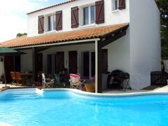 Property Photo: Les Pins du Phare Holiday Villa