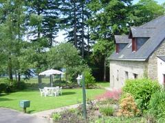 Farmhouse with panaramic lake views