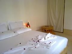 room 2*