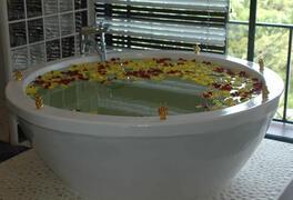Custom designed bath tub