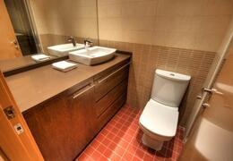 Property Photo: Bathroom 1
