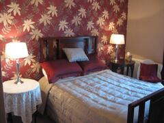 Rockmount master bedroom
