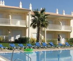 Property Photo: Jardins Vale de Parra Apartments
