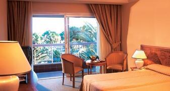 Property Photo: Riu Grand Palace Maspalomas Oasis bedroom