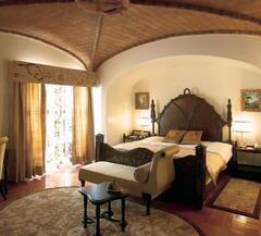 Property Photo: Fortaleza Do Guincho hotel bedroom