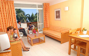 Prinsotel Alba Apartments lounge