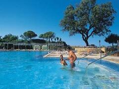 Algarve Gardens apartments pool