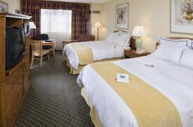 Property Photo: Orlando Metropolitan Resort hotel bedroom