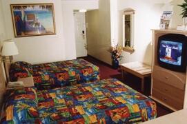 Best Western Mayan Inn Beachfront bedroom