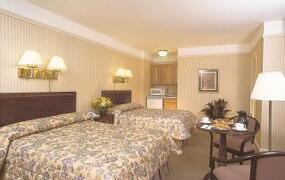 Property Photo: Wellington Hotel bedroom