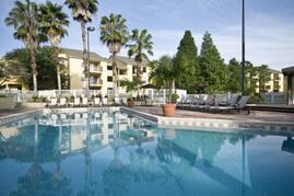 Island Club Apartments pool