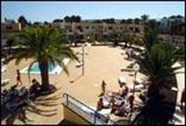 Property Photo: Playa Feliz apartments